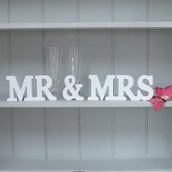 Декоративные деревянные надписи для свадеб
